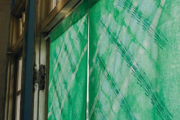 染色刺繡門簾(4)